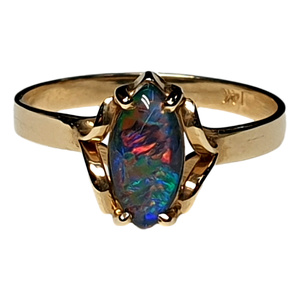 14KT YELLOW GOLD RING WITH NATURAL AUSTRALIAN OPAL