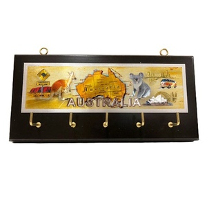 KEY HOLDER - AUSSIE MAP WITH ICONS