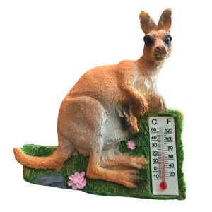 KANGAROO AND THERMOMETER FRIDGE MAGNET