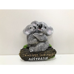 HUGGING KOALAS FRIDGE MAGNET