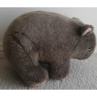 LARGE PLUSH WOMBAT